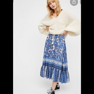 Spell Zahara blue floral print midi skirt